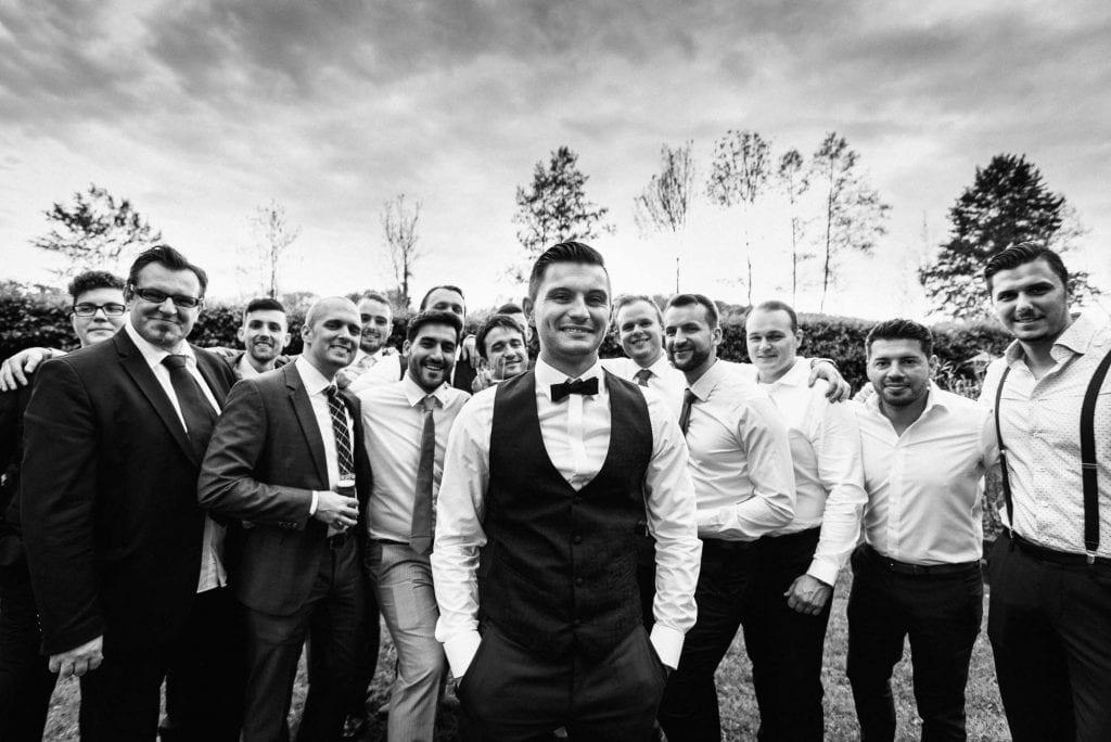 Gruppenbild des Bräutigams.