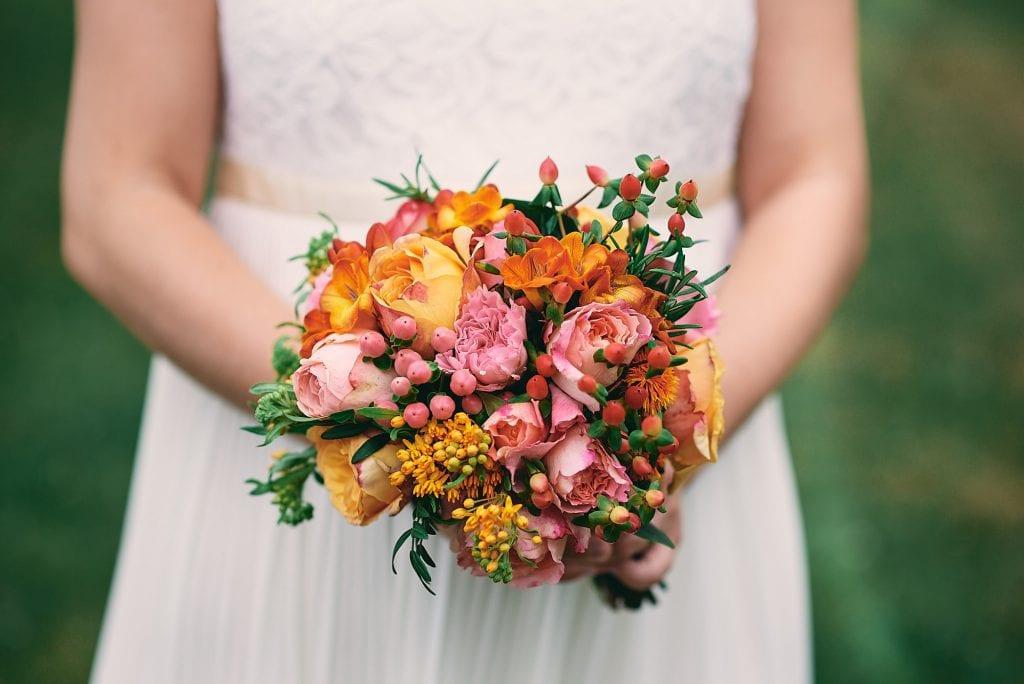 Der Strauß der Braut.
