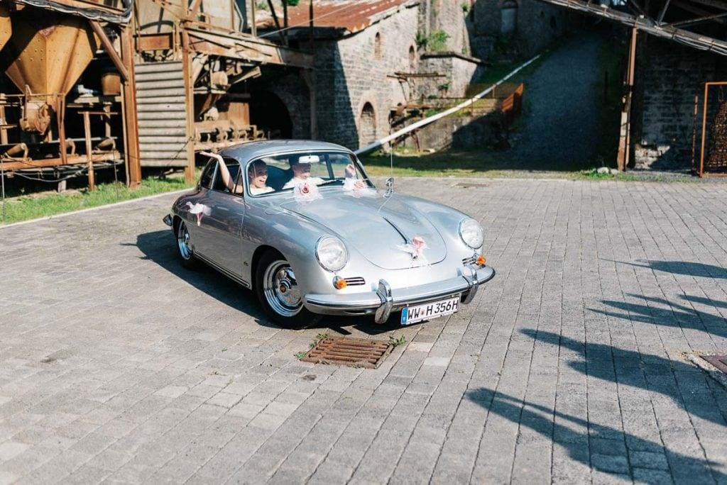 Das Hochzeitsauto.
