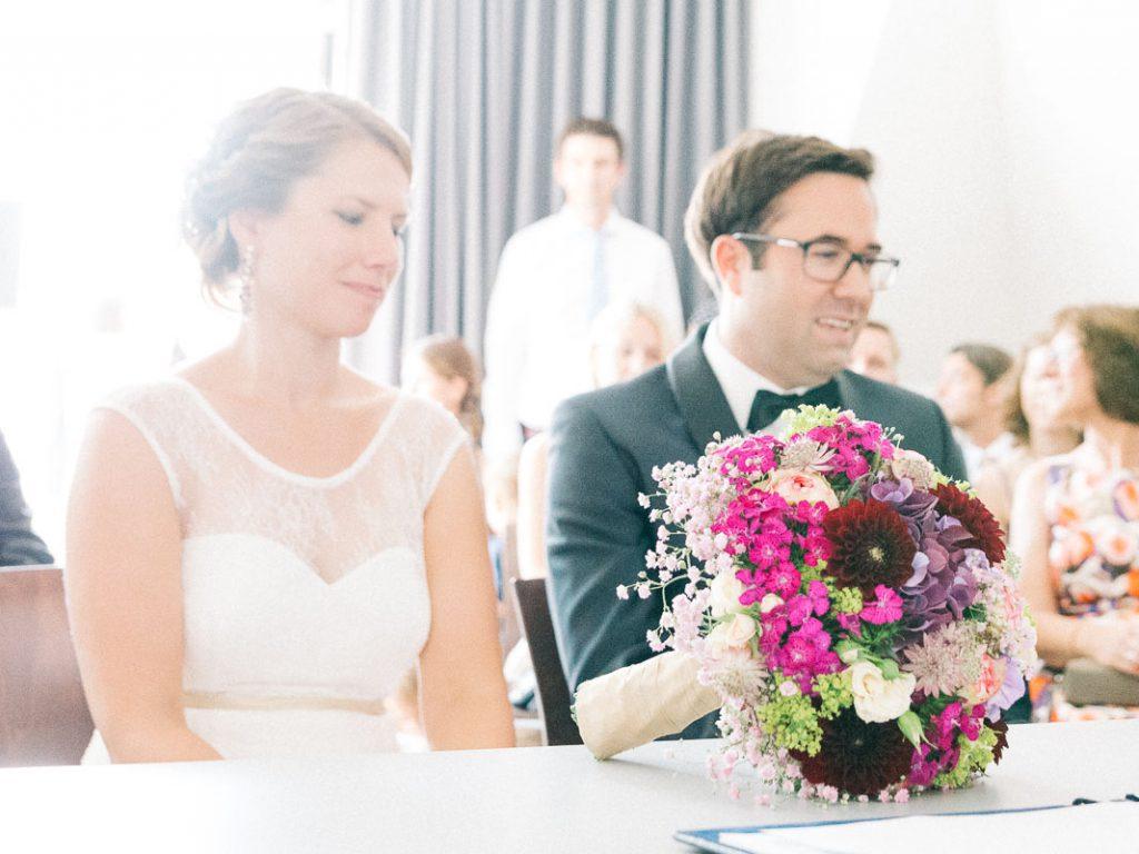 Das Brautpaar im Standesamt.